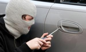 car-thief-istock-8-19-11-slider-304