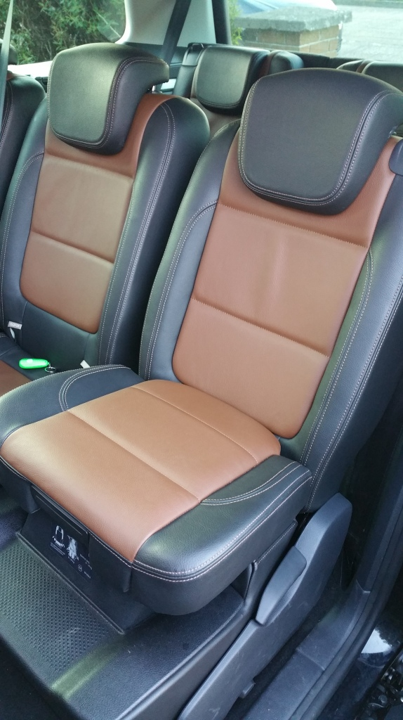 No car seats taking up space and the joy of the integrated booster is that its always fitted correctly.